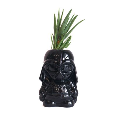 Macetero-Plantita-Darth-Vader-Entreideas-Varios-EI-PLANT-DART-W